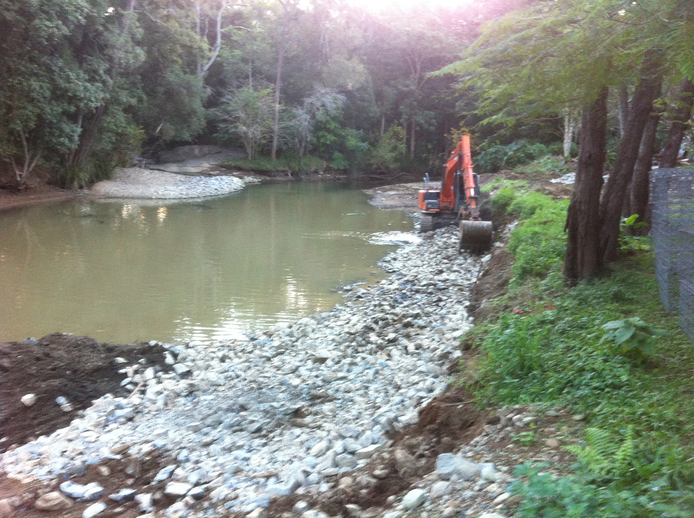 Retaining Wall To Prevent Erosion